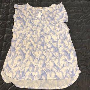 GAP Maternity Top Flutter Sleeves